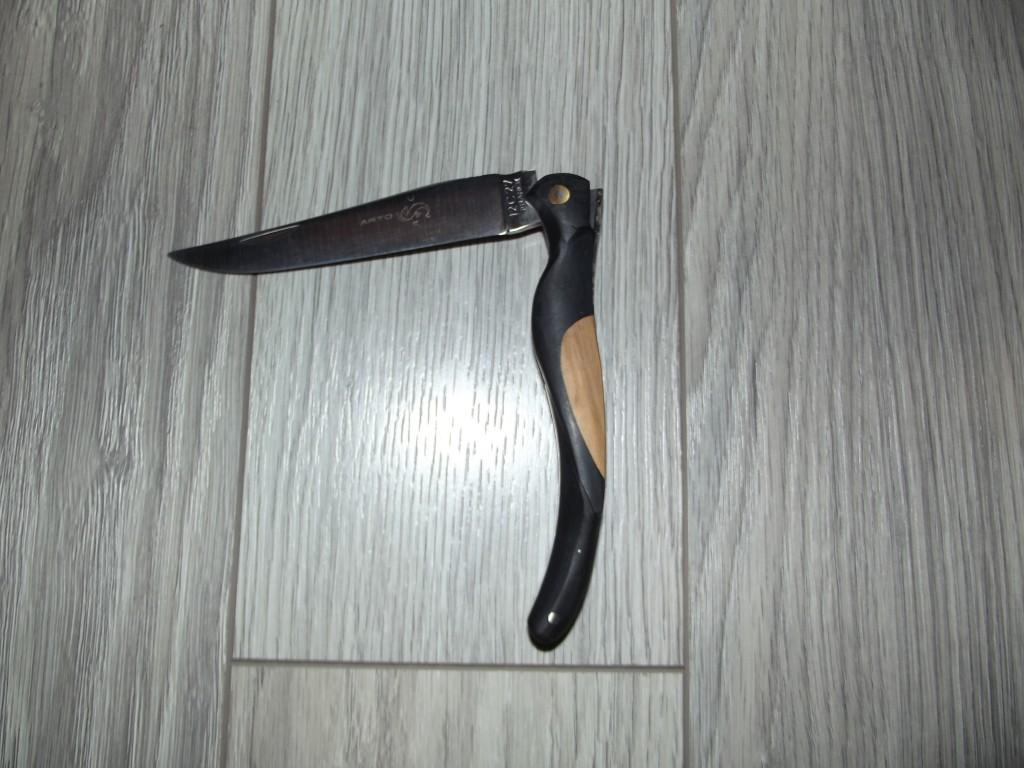 Couteau Arto l' oiseau noir